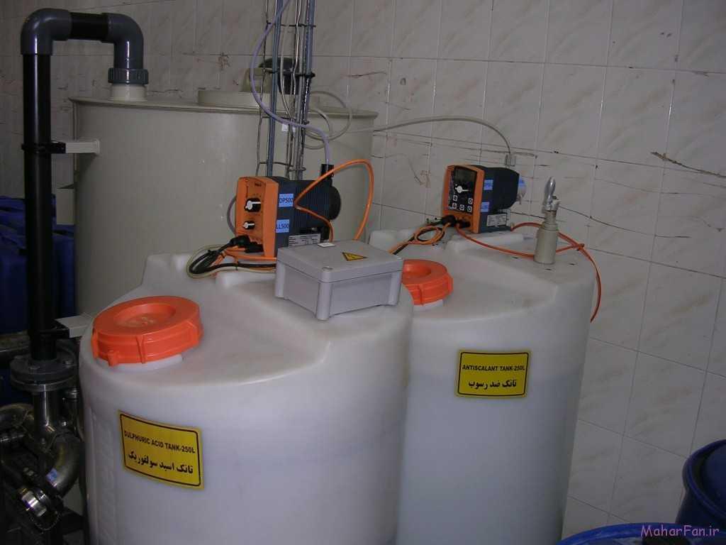 دوزینگ پمپ بتا و گاما نصب شده روی بشکه