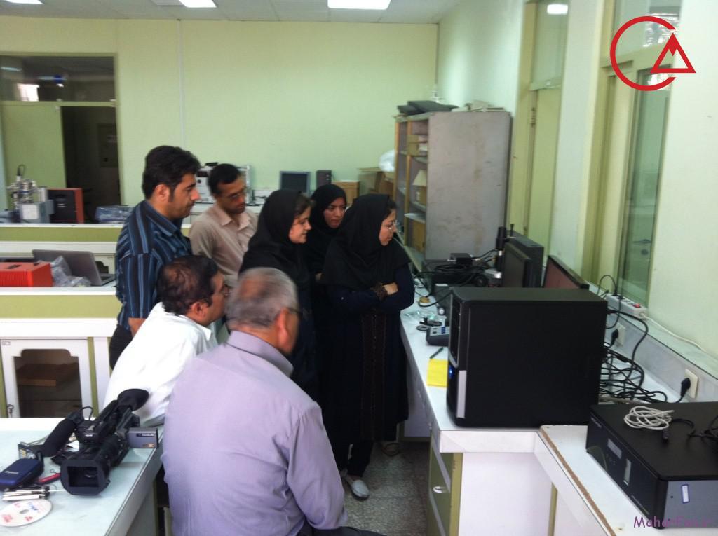 میکروسکوپ پروبی روبشی دانشگاه کاشان 2